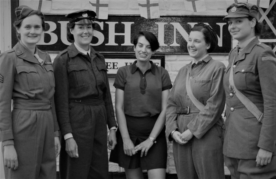 WWII WOMAN'S ALLIED FORCES UNIFORMS
