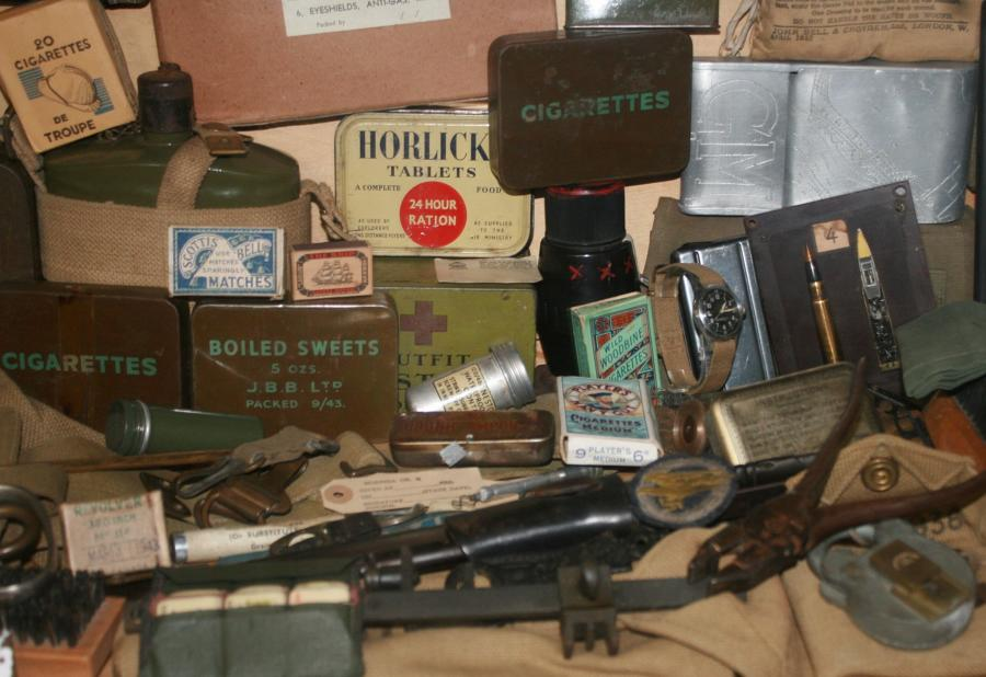 WWII BRITISH PERSONAL ITEMS & NICK KNACKS