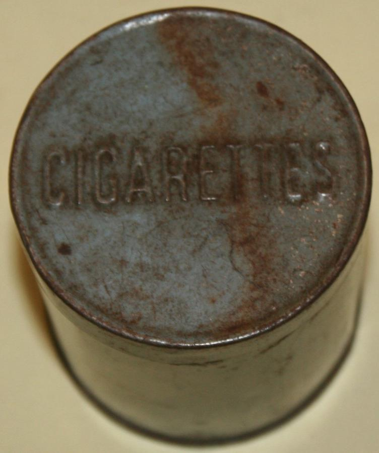 A GREY WWII 50 CIGARETTE TIN