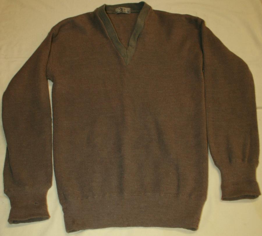 A WWII AUSTRALIAN MADE ARMY JUMPER