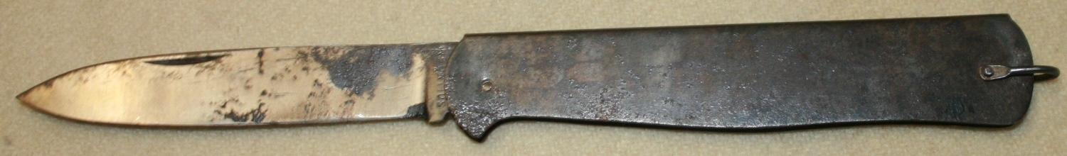 A WWI GERMAN CLASP KNIFE