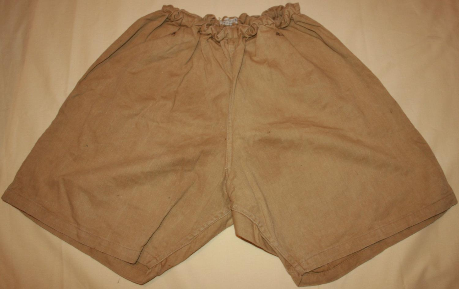 A PAIR OF KD PT SHORTS 1940 DATED