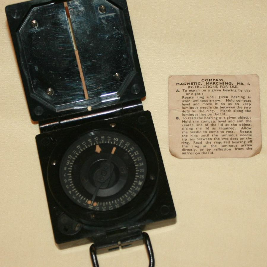 A WWII MARCHING COMPASS MKI