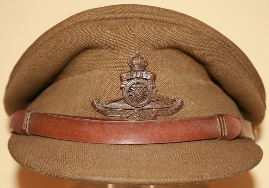 WWII  ROYAL ARTILLERY OFFICERS PEAKED CAP