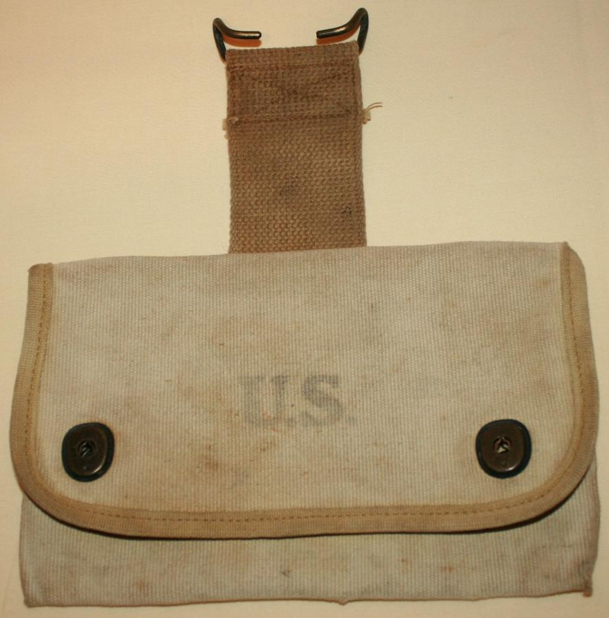 A WWI US ARMY 1918 DATED SQUAD LEADERS POUCH
