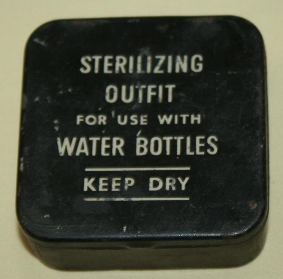 A GOOD WWII EXAMPLE OF THE STERILIZING OUT FIT CORK TOPS