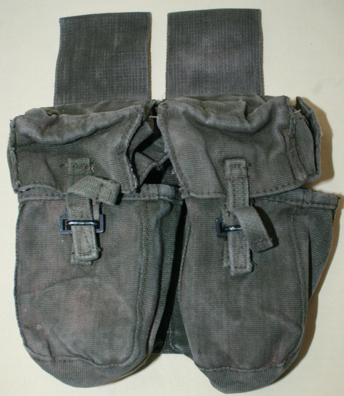 A SAS 1970'S -80'S DOUBLE DROP MAGAZINE POUCH