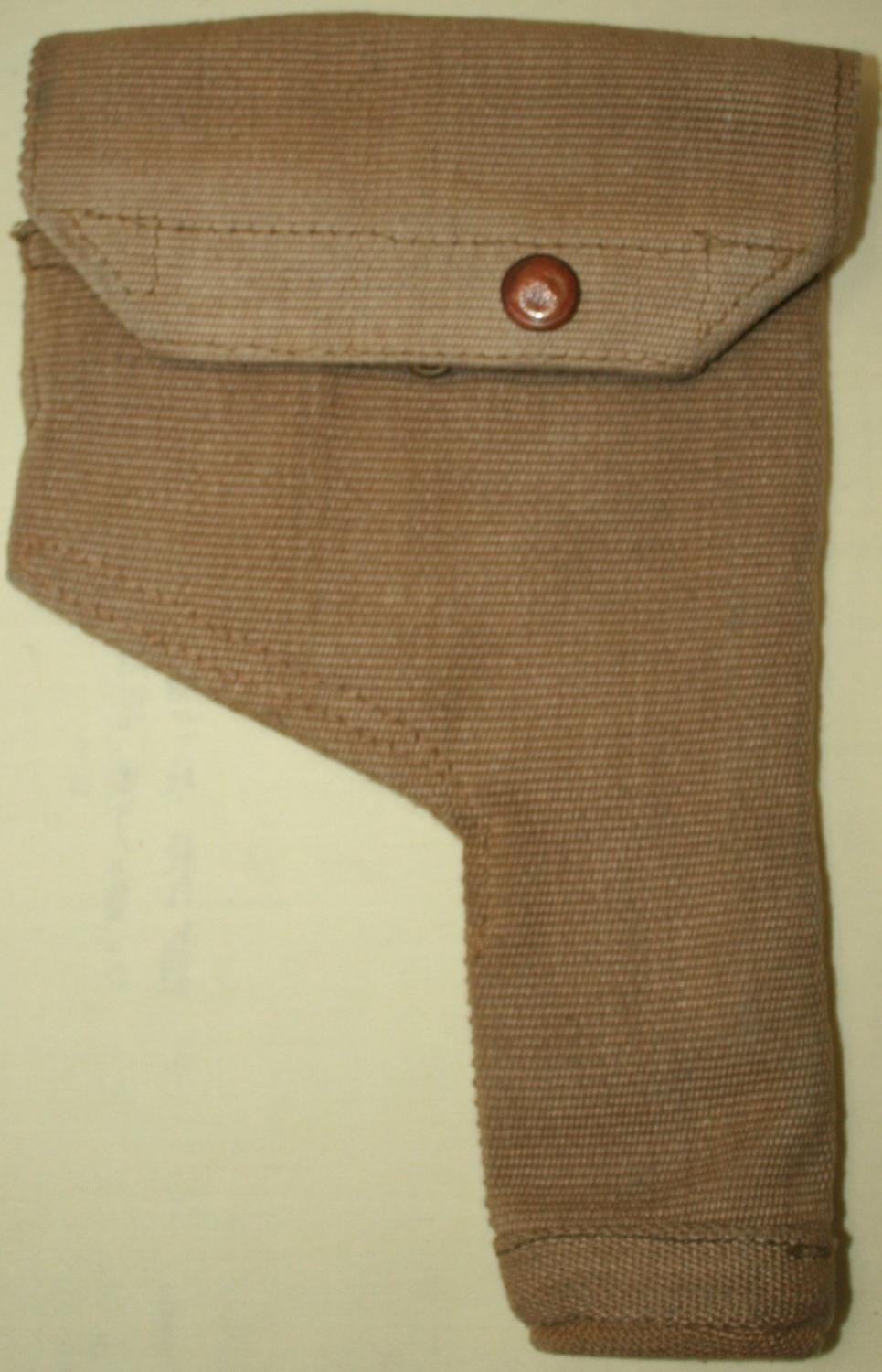A GOOD MINT EXAMPLE OF THE 37 WEBBING PISTOL HOLSTER