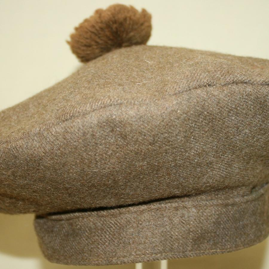 A CANADIAN ( ? ) WWII PERIOD BALMORAL BONNET