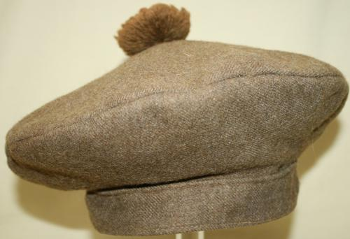 A CANADIAN ( ? ) WWII PERIOD BALMORAL BONNET in ALL