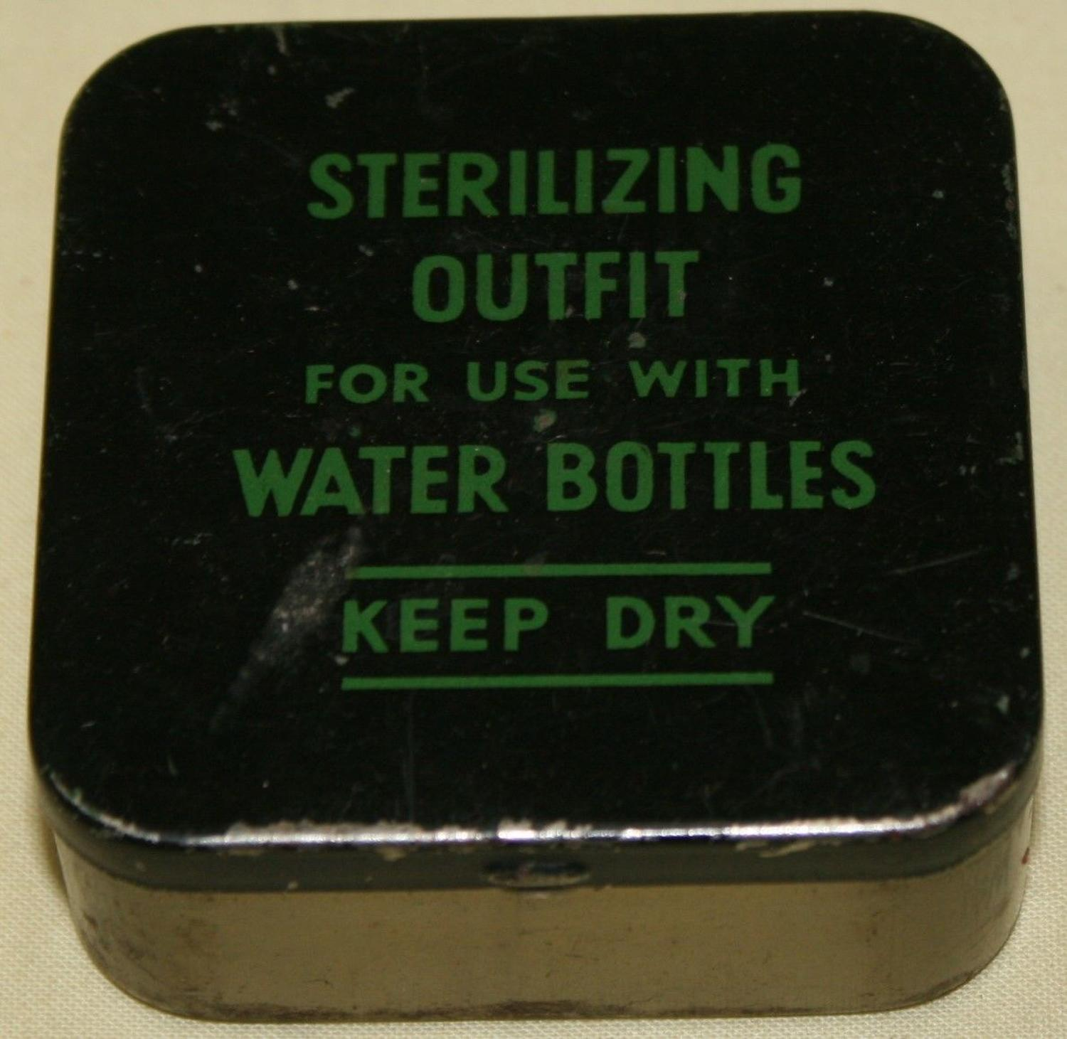 A LATE WWII SCREW CAP WATER STERILIZING OUT FIT