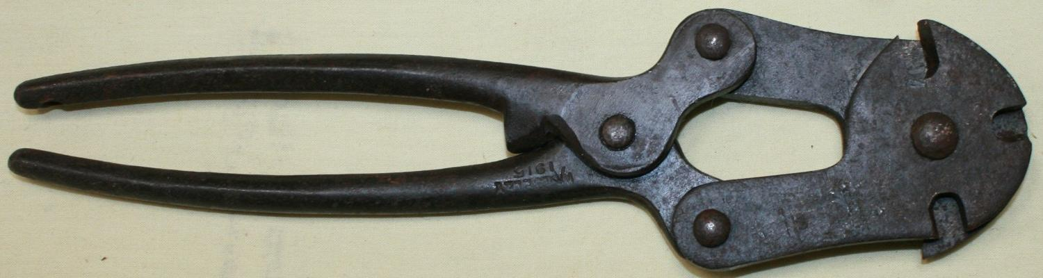 A PAIR OF WWI WIRE CUTTERS