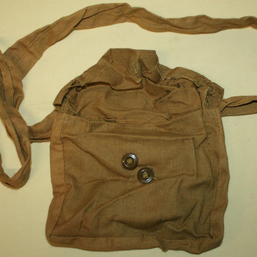 A WWII CANADIAN BOYS ANTI TANK RIFLE MAG BAG