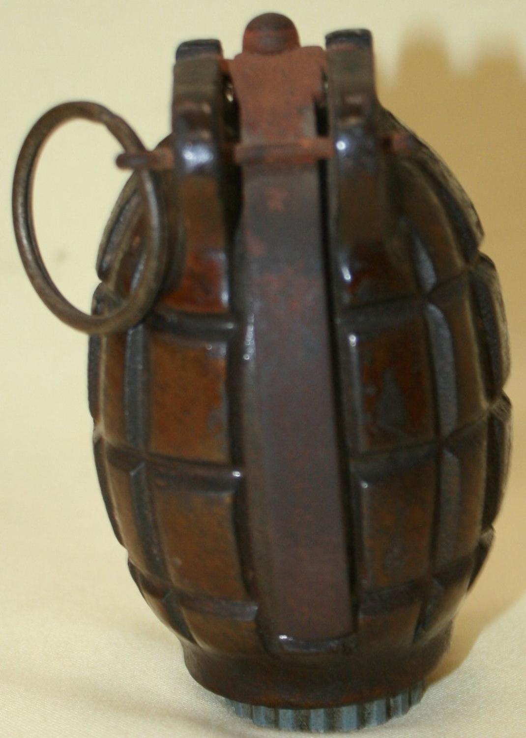A 1940 DATED NO 36 MILLS BOMB