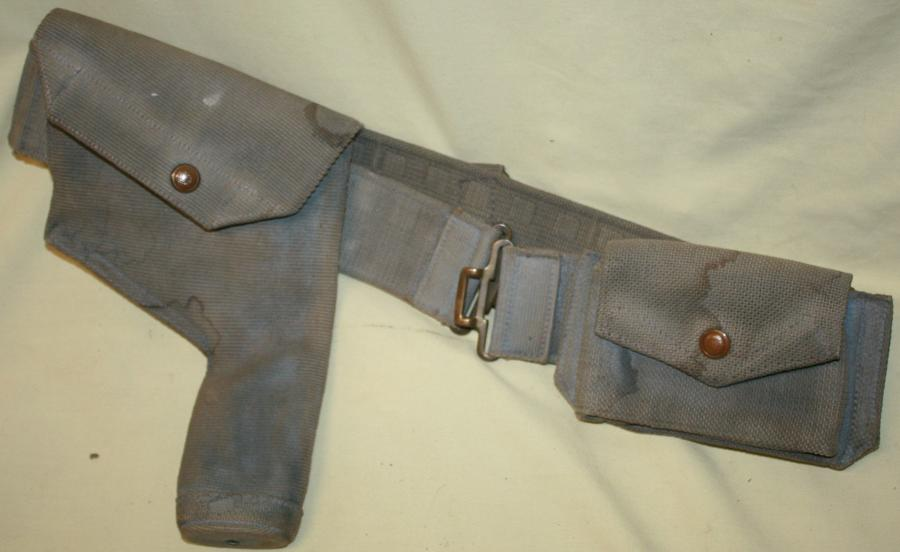 A RAF OFFICERS 25 PATTERN HOLSTER PART SET