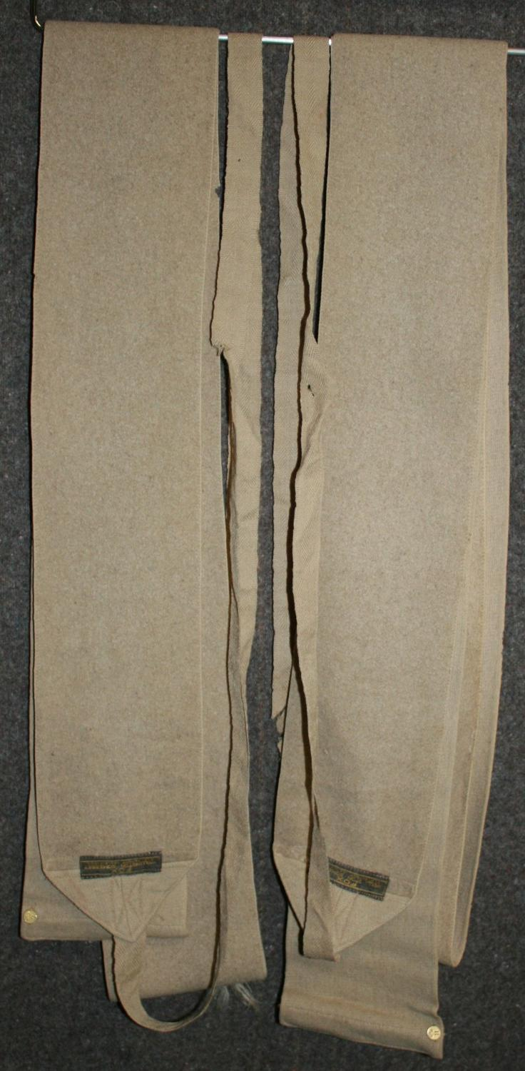 A PAIR OF LONG TAN FOX MADE PUTTIES WWI AND EARLY WWII PATTERN