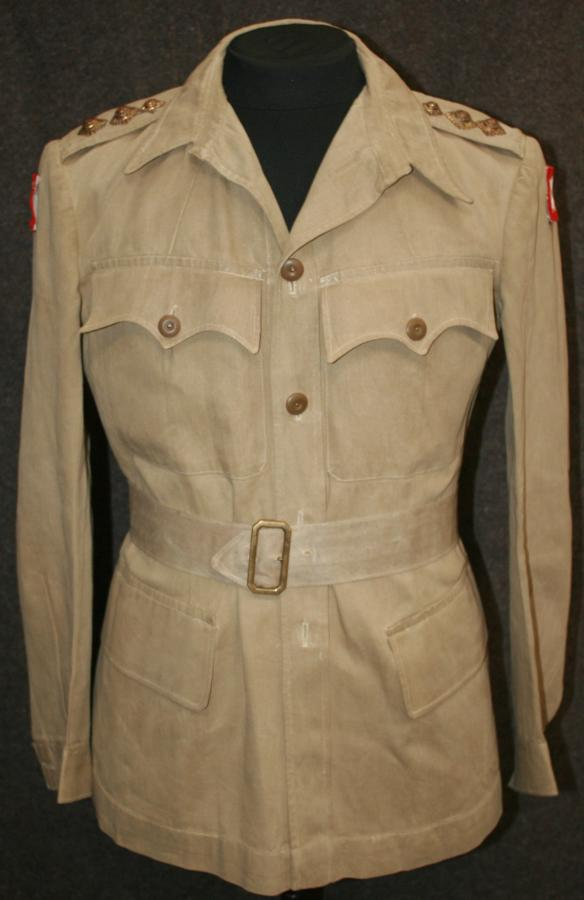 A ORIGINAL BRITISH TROOPS MALTA OFFICERS KD TUNIC