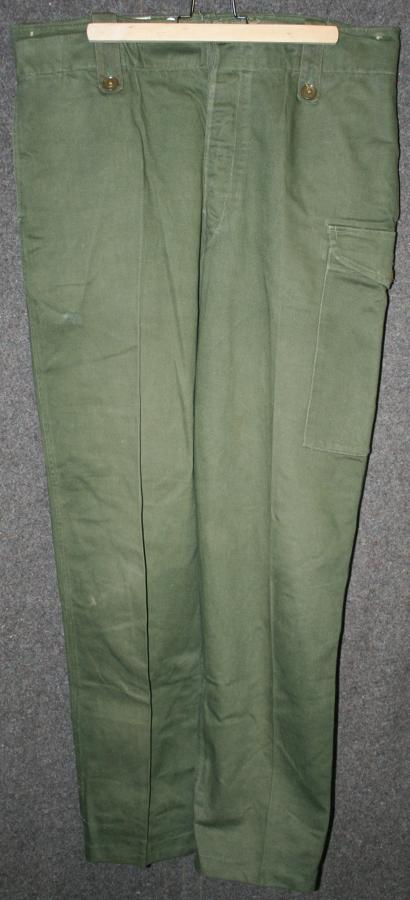 A PAIR OF THE LATE 50'S EARLY 60'S GREEN OVERALLS WORKING