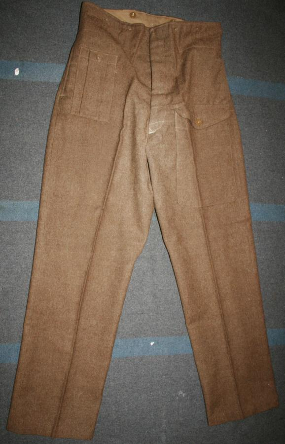 A VERY GOOD LATE WAR PAIR OF 40 PATTERN BATTLE DRESS TROUSERS