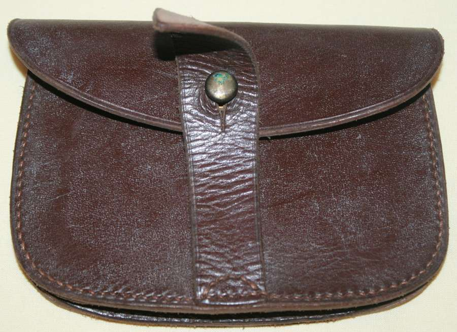 A GOOD EARLY EXAMPLE OFT HE SAM BROWN PISTOL AMMO POUCH