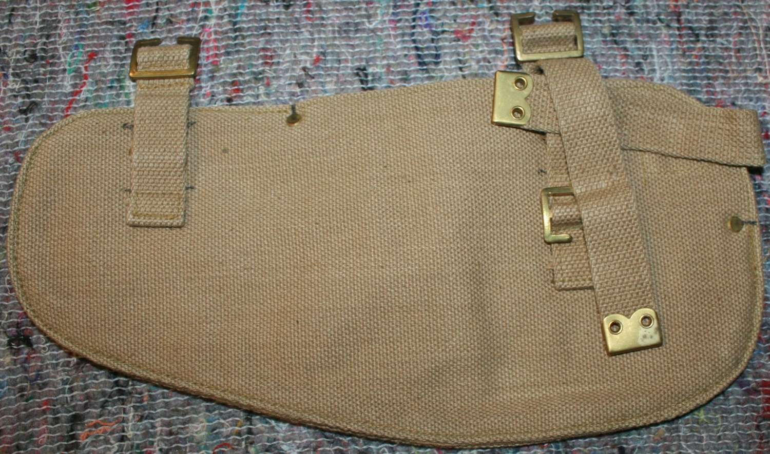 A POST WWII LATER WAR PATTERN 37 ENTRENCHING TOOL HEAD CARRIER POUCH