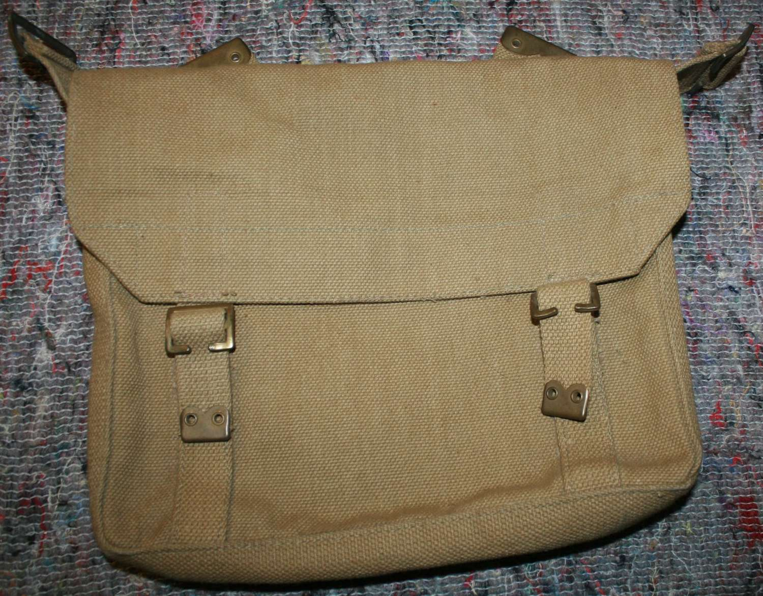 A 08 PATTERN WEBBING  MINT SMALL PACK 1940 DATED