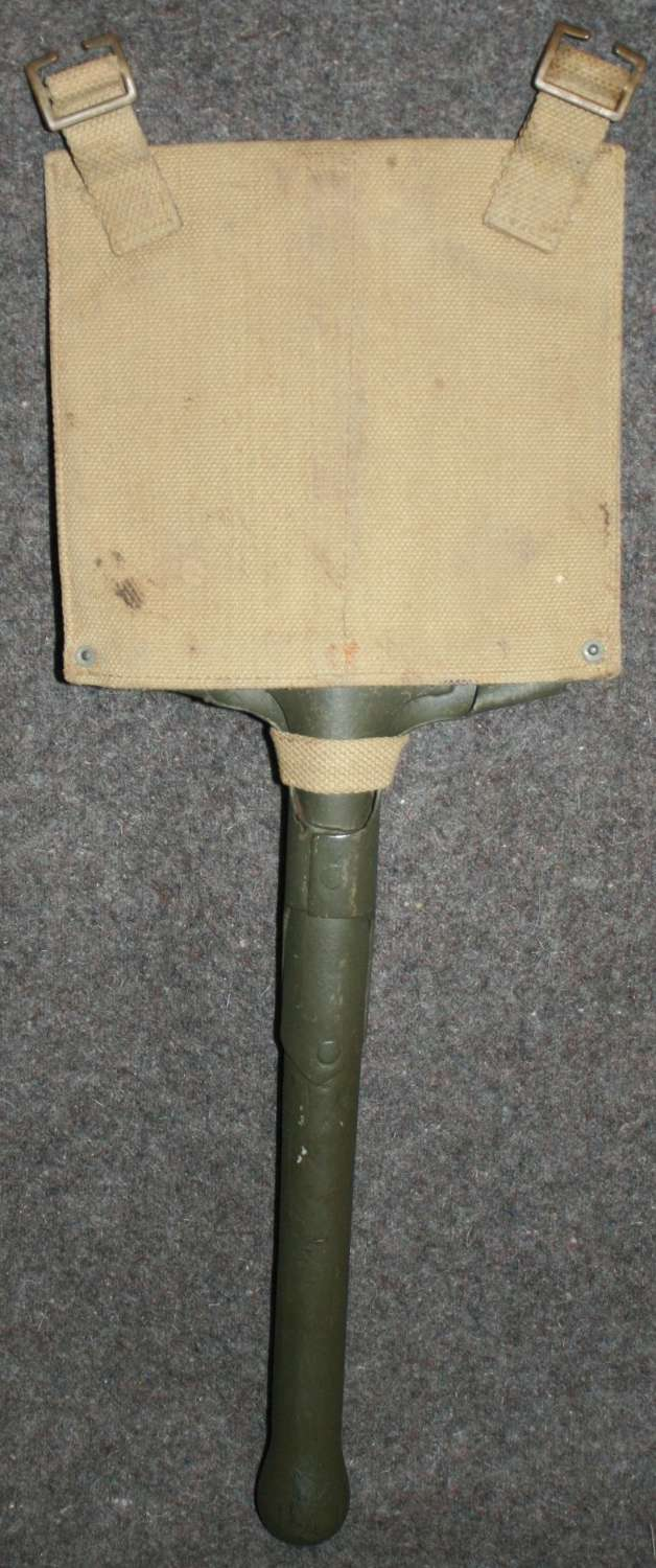 A 1940 DATED BRITISH ENTRENCHING TOOL