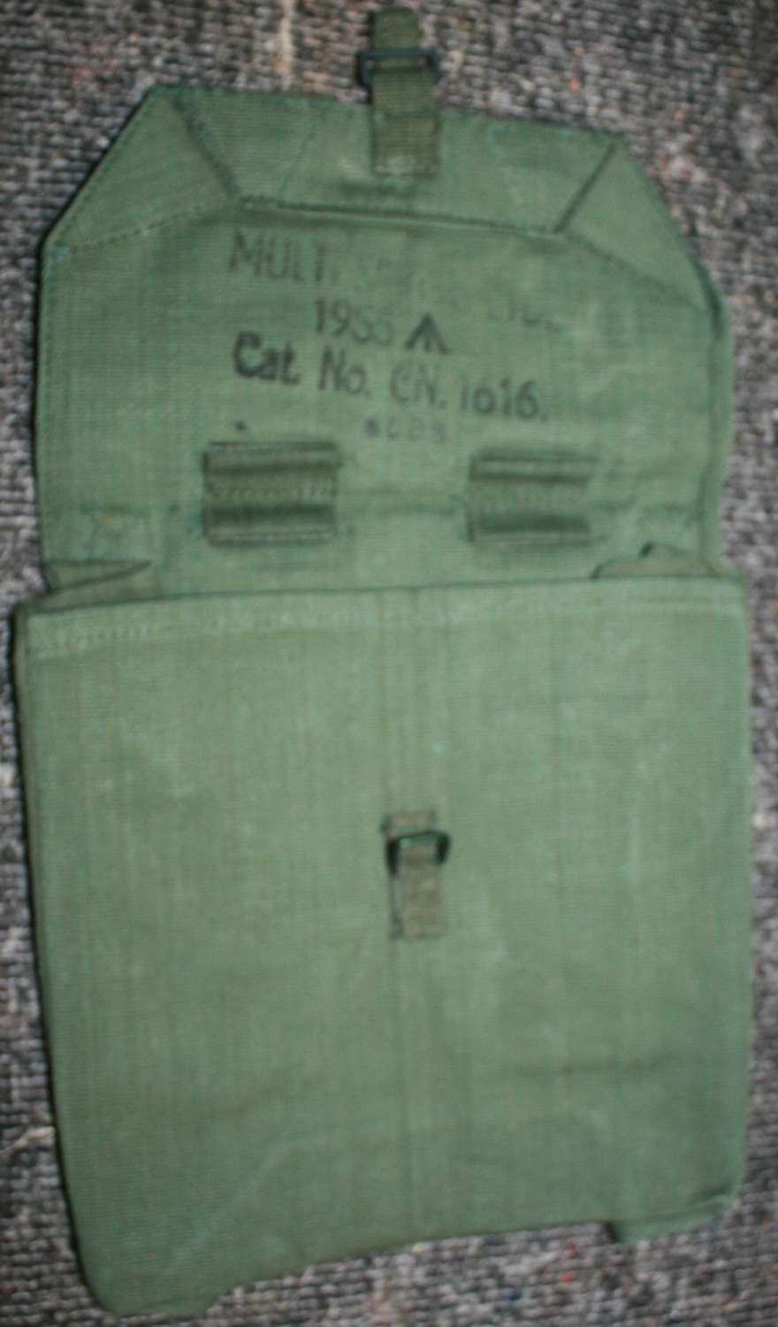 A SCARCE BATTERY OFFICERS 44 WEBBING POUCH