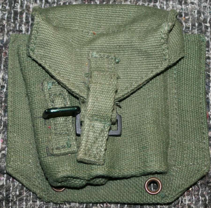 A 44 PATTERN WEBBING PISTOL AMMO POUCH  1955 DATED
