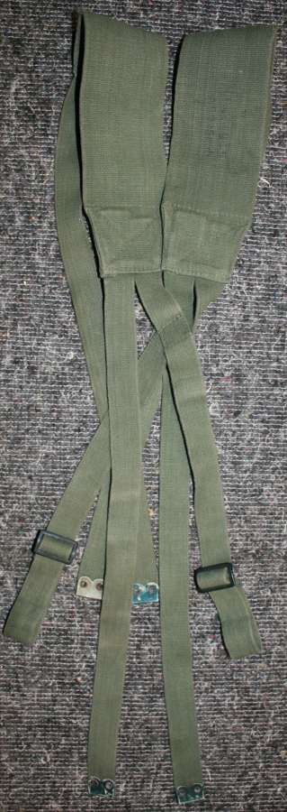 A 1945 DATED 44 PATTERN WEBBING SUSPENDERS
