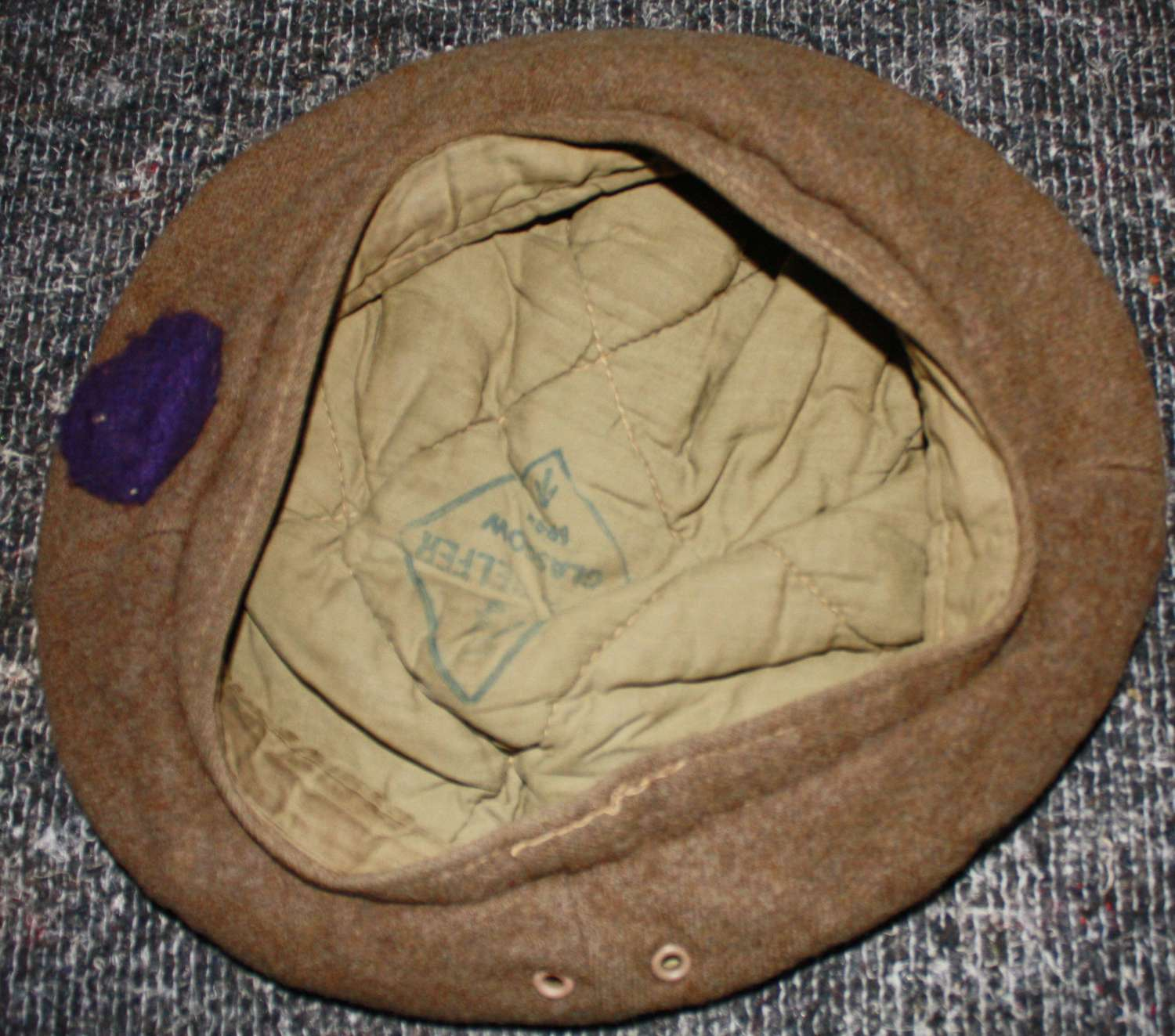 A 1945 DATED LARGE SIZE 7 1/4 GS BERET