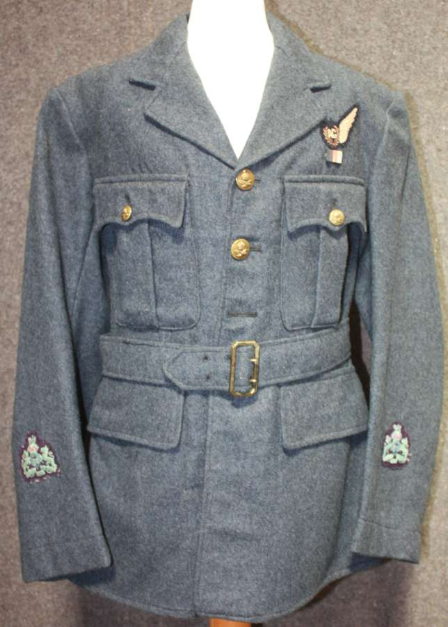 A WWII RAF WARRANT OFFICERS AIR GUNNERS TUNIC SMALL SIZE