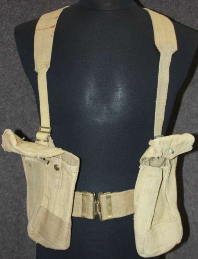 PART SET OF INDIAN OTHER RANKS WEBBING BELT , AMMO POUCHES AND STRAPS