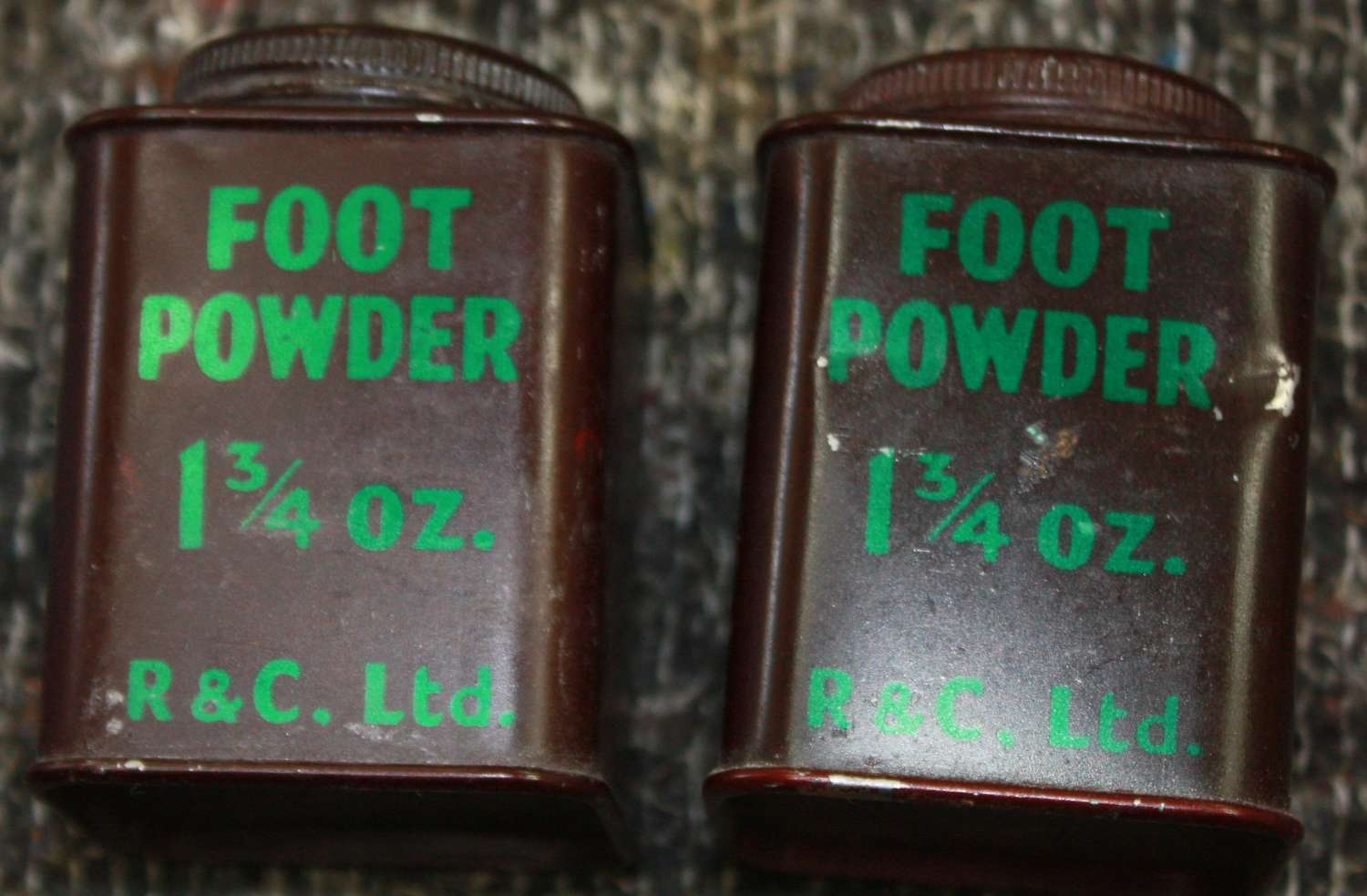A WWII BRITISH ISSUE TIN OF THE SQUARE FOOT POWDER