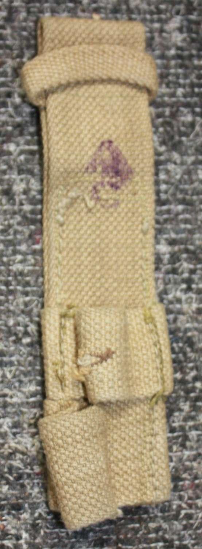 A 1944 DATED AUSTRALIAN BAYONET FROG