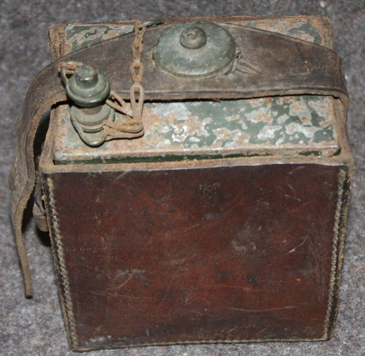 A POST WWI VICKERS MACHINE GUN OIL CAN