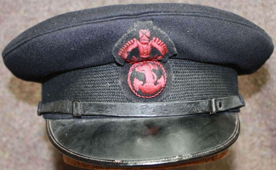 A WWII PERIOD NAVY PETTY OFFICERS PEAKED CAP
