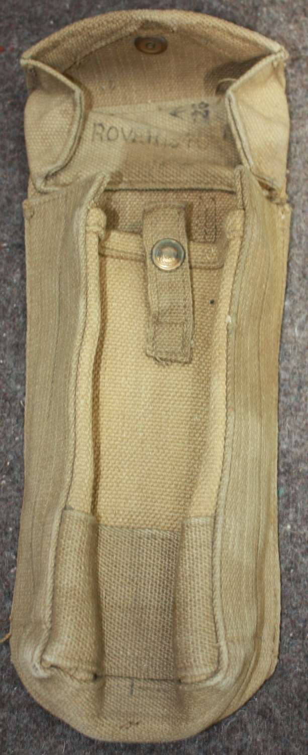 A 1940 DATED MKII 37 PATTERN AMMO POUCH NEAR MINT