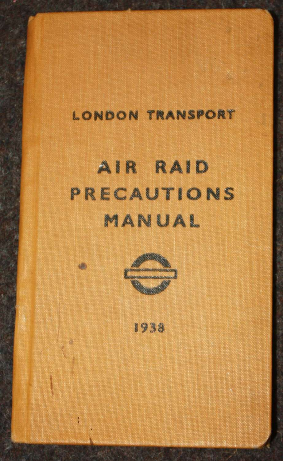 A RARE PRE WWII LONDON TRANSPORT ARM BOOKLET