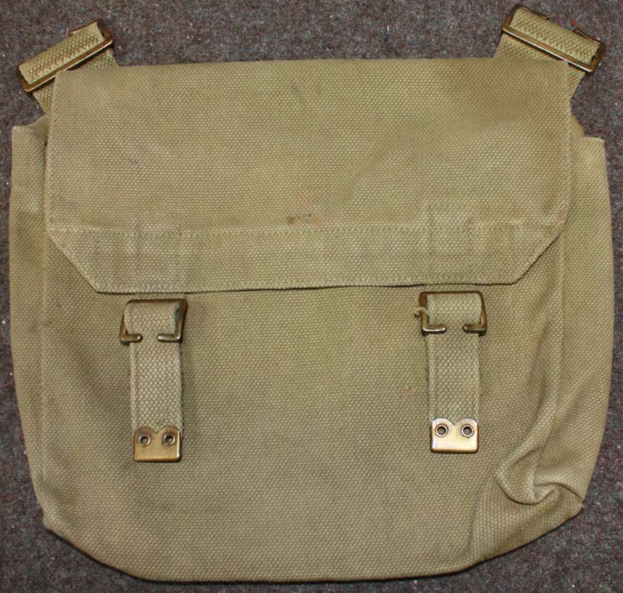 A GOOD 1937 DATED 08 PATTERN WEBBING  OTHER SERVICES SIDE BAG