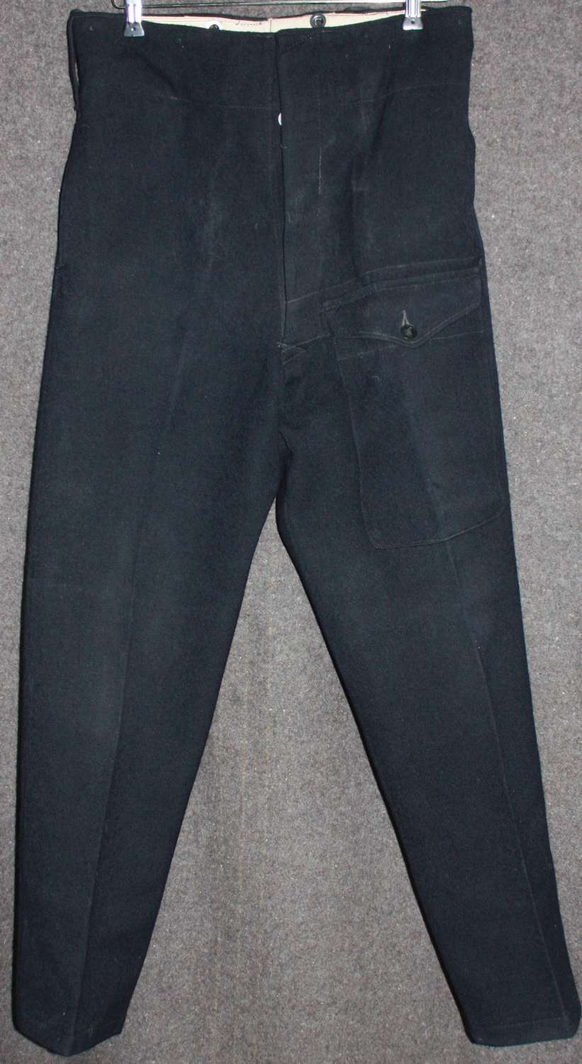 A PAIR OF WWII 1943 DATED ARP TROUSERS SIZE 10