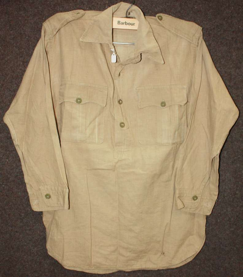 A WWII MANS KD TROPICAL SHIRT 4 BUTTON FRONTED
