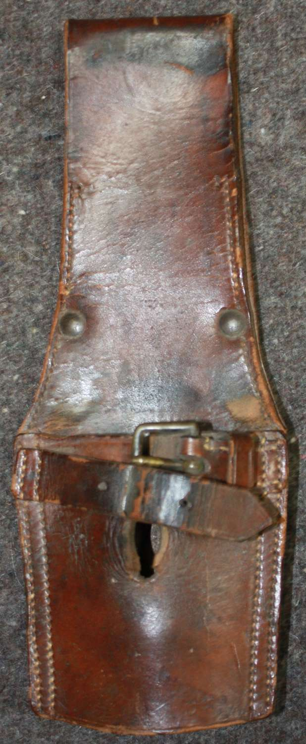 A UNMARKED BRITISH GENERAL ISSUE BAYONET FROG IN BROWN LEATHER