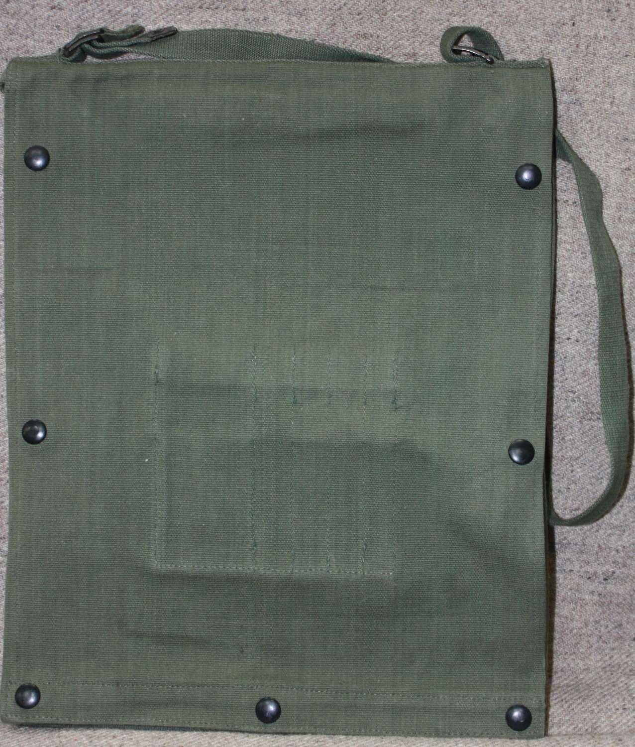 A LARGE SIZE 44 PATTERN WEBBING MAP CASE 1945 DATED EXAMPLE