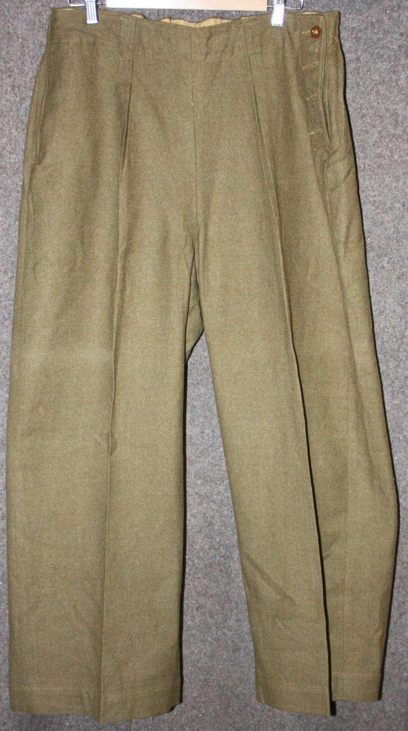 A PAIR OF WWII ATS SLACKS SIZE 7 LARGE SIZE