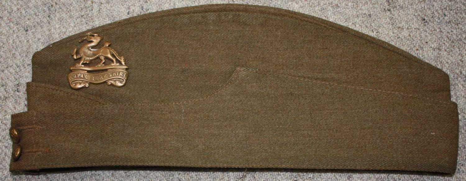 A GOOD CODNITION WWII BRITISH ARMY OTHER RANKS SIDE CAP SIZE 7