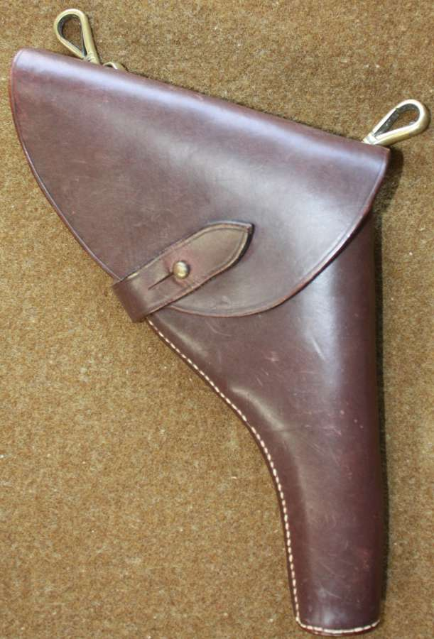 A SAM BROWN PISTOL HOLSTER FOR A SMALL 38 PISTOL