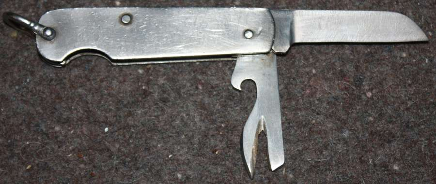 A GOOD WWII 1945 DATED BURMA PENKNIFE