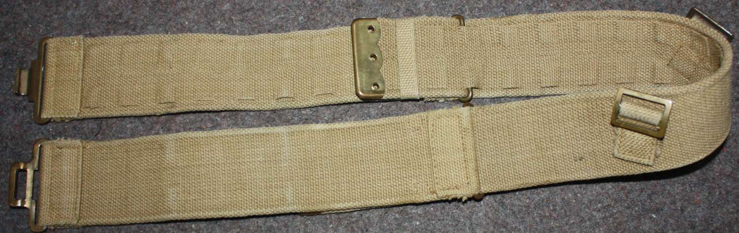 A MINT RN 19 PATTERN BELT 1940 DATED