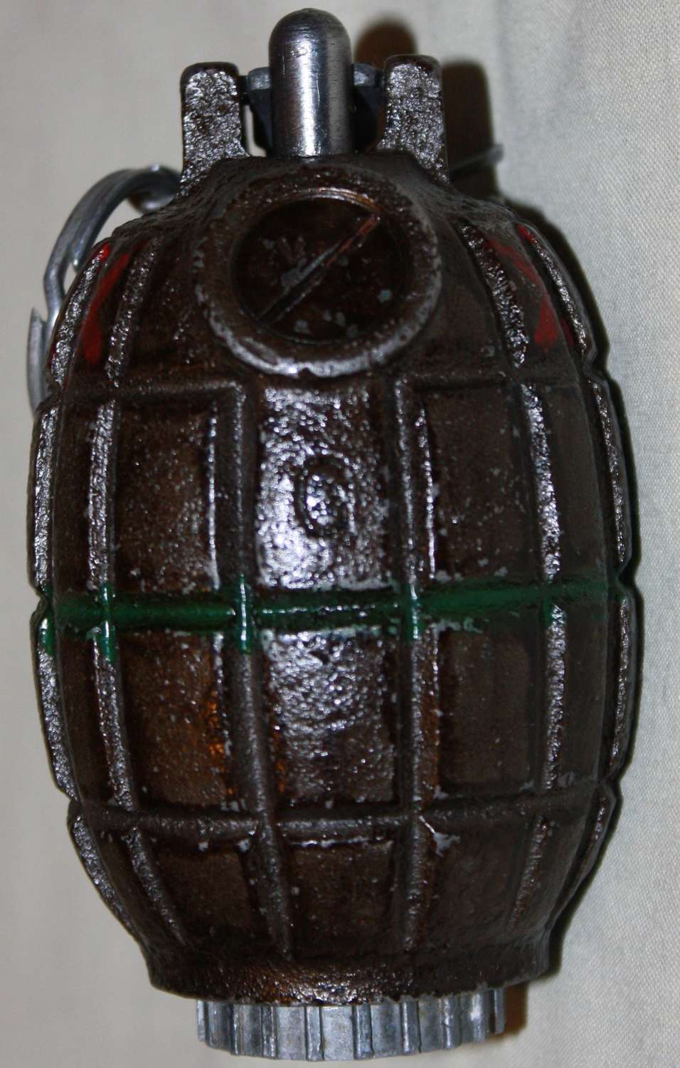 A LATE WWII CANADIAN MADE GRENADE NO36 MILLS